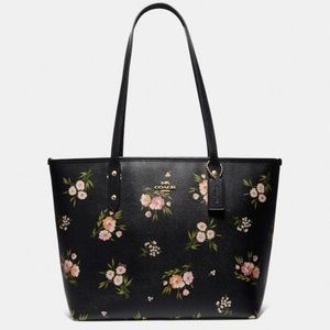 Coach City Zip Tote With Tossed Daisy Print NWT